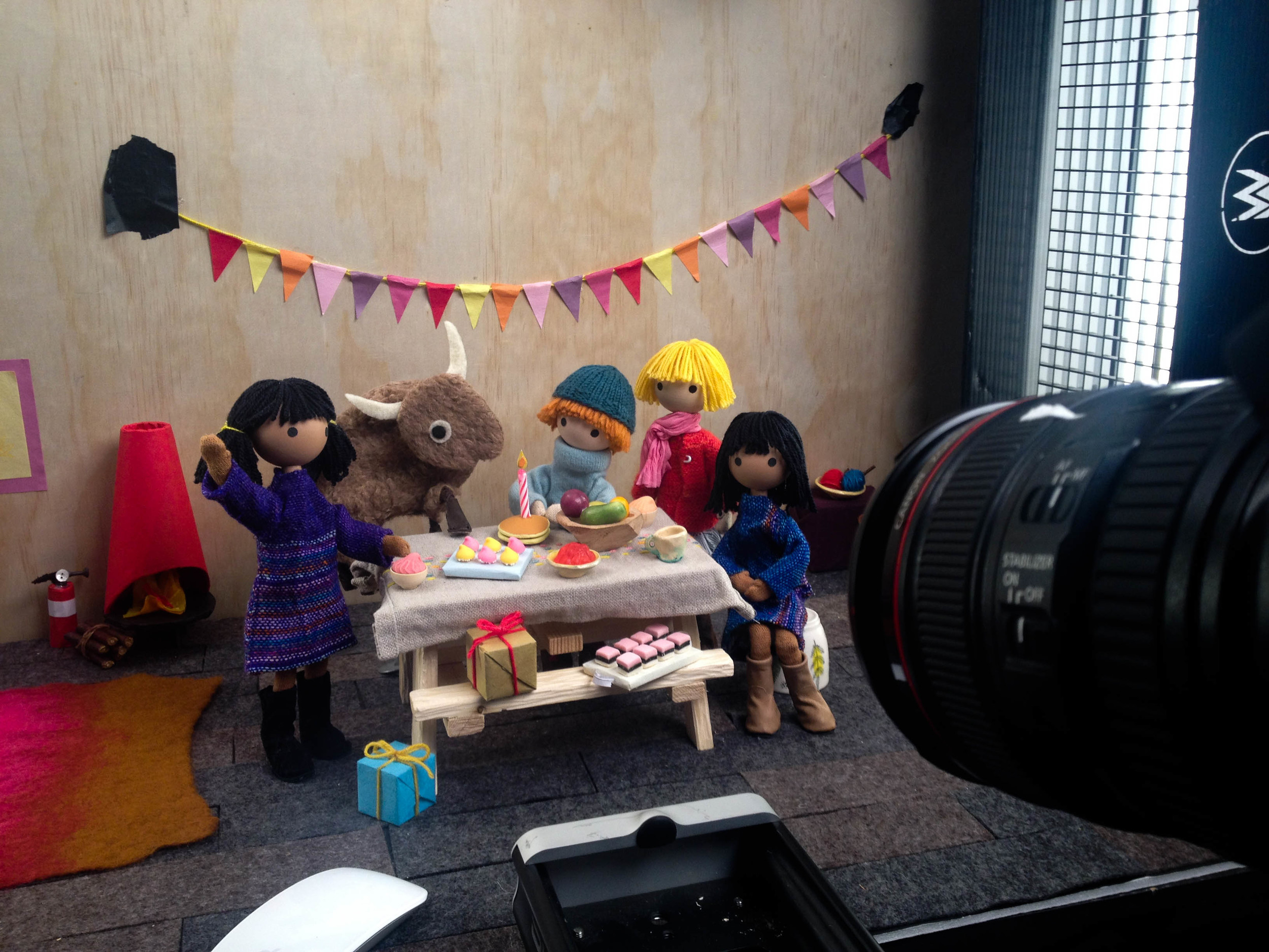 Shooting Appisode 5 with all her friends at Snowy & Chinook's cabin