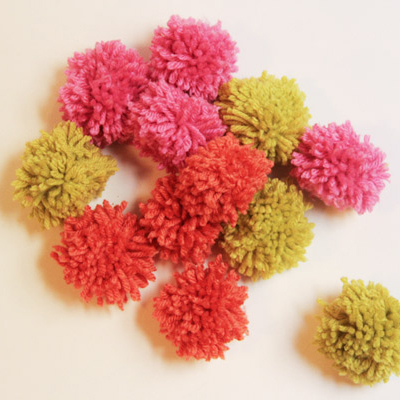 How to make a pompom at The Sweetest Occasion