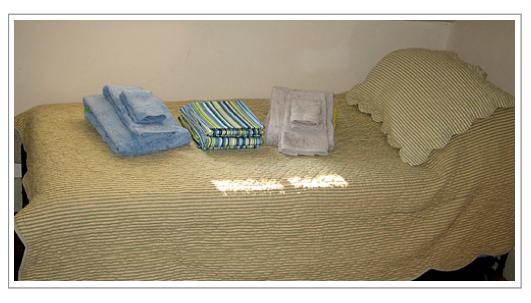 Longfellow-house-linens