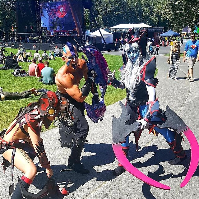 #TI9 @nickstone90 and I are coming for you! Need my #DOTAcosplay fix! 😍 . #dotacosplay #dota2cosplay #DOTA2 #AntiMage #vengefulspirit #bloodseeker #cosplayersofinstagram #mlg #gamer #videogamememes #videogames #gaming #cosplayer #cosplay #cosplayersofinstagram #theinternational2017 #theinternational2018 #ti18