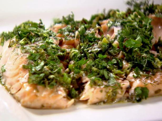 BX0505H_roasted-salmon-with-green-herbs_s4x3.jpg.rend.hgtvcom.616.462.jpeg