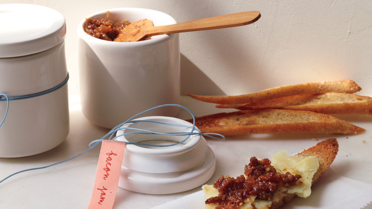 bacon-jam-061r-md110598_horiz.jpg