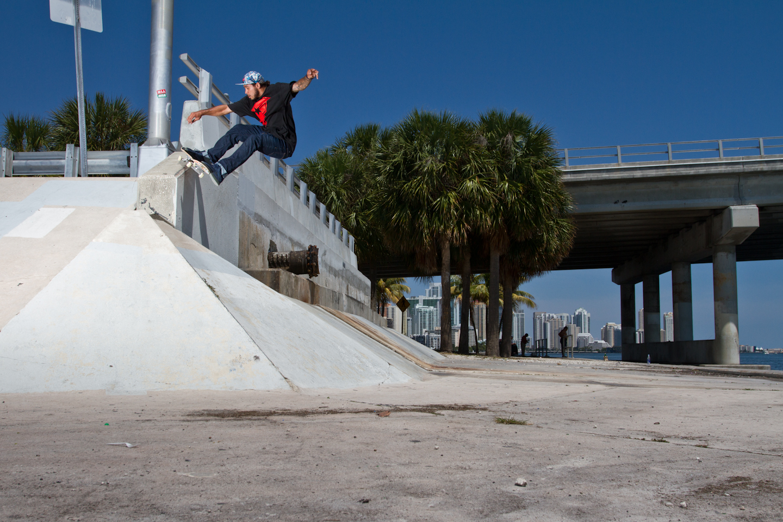 Manny Santiago | 180 Nosegrind to Fakie | Key Biscayne, FL
