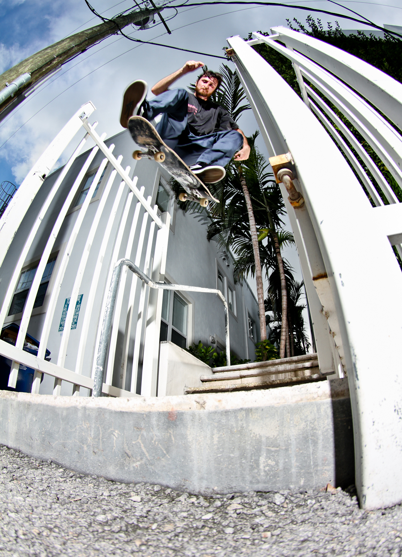 Paul Deoliveira | Kickflip | South Beach, FL