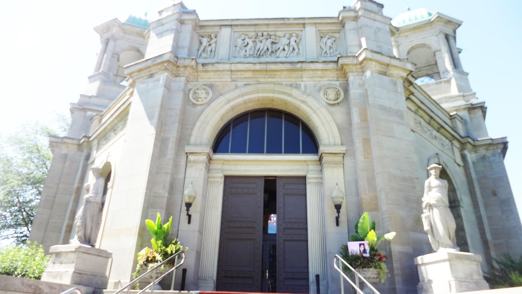 Liberty Grand Reception Entrance Del Vinyl.jpg