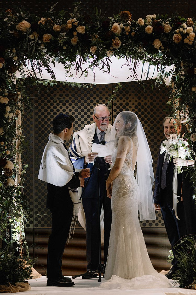 Jewish-wedding-Hackney-Town-Hall-London-UK_0039.jpg