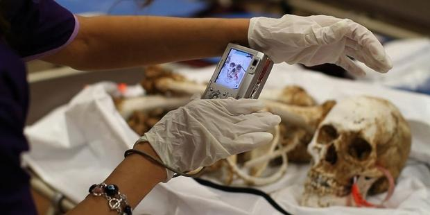 183154_Forensic_anthropologist_at_the_Pima_County_Office_of_the_Medical_Examiner1.jpg