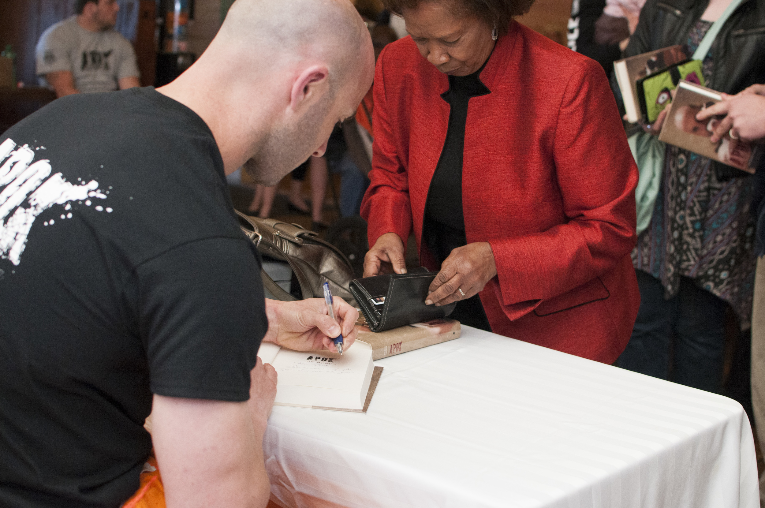 Self Published Author Michael Walton at a Book Signing Event for APOK