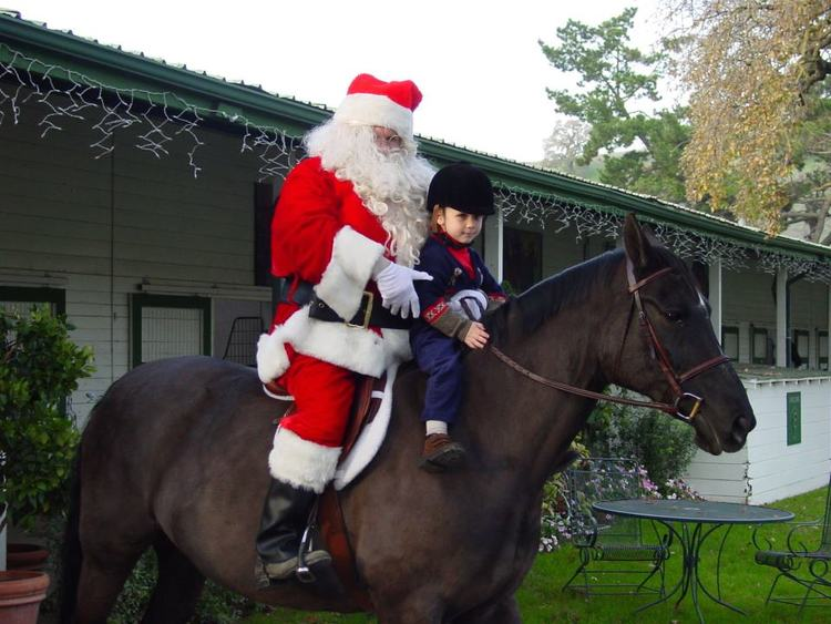 Santa, Aurora and Hunter