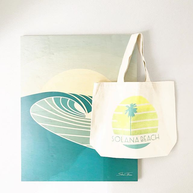 Sundays with our Solana Beach tote.  You can shop these at the newest West Elm in Solana Beach, @westelmsolanabeach ☀️ . . #solanabeach #solanabeachtote #westelmsolanabeach #shoppingtote #recycledcotton #useuseandreuse #hellohappytown #hellohappytowntote