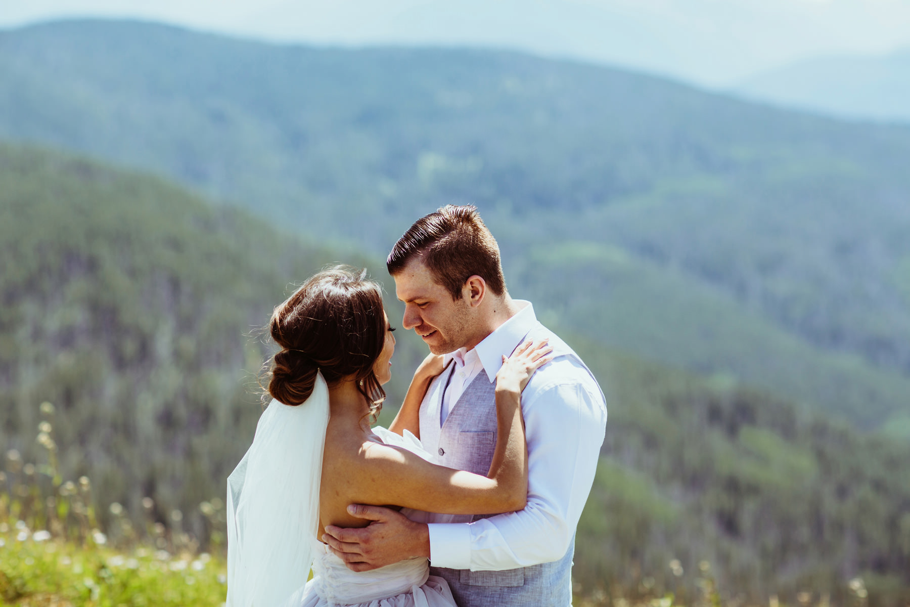 Vail Colorado Wedding Deck_ Kindling Wedding Photography21.JPG