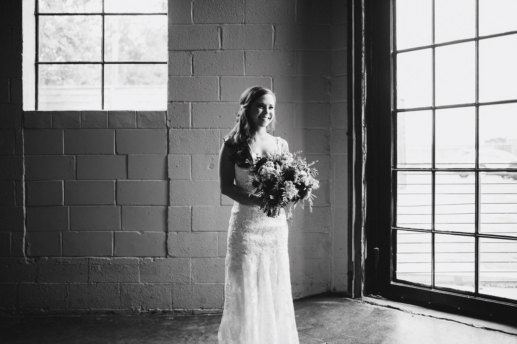 Kansas City Summer Wedding at the Guild_Kindling Wedding Photography Blog29.JPG