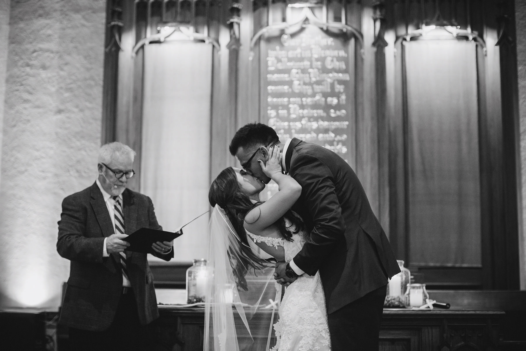 Kansas City Summer Wedding at the Guild_Kindling Wedding Photography Blog58.JPG
