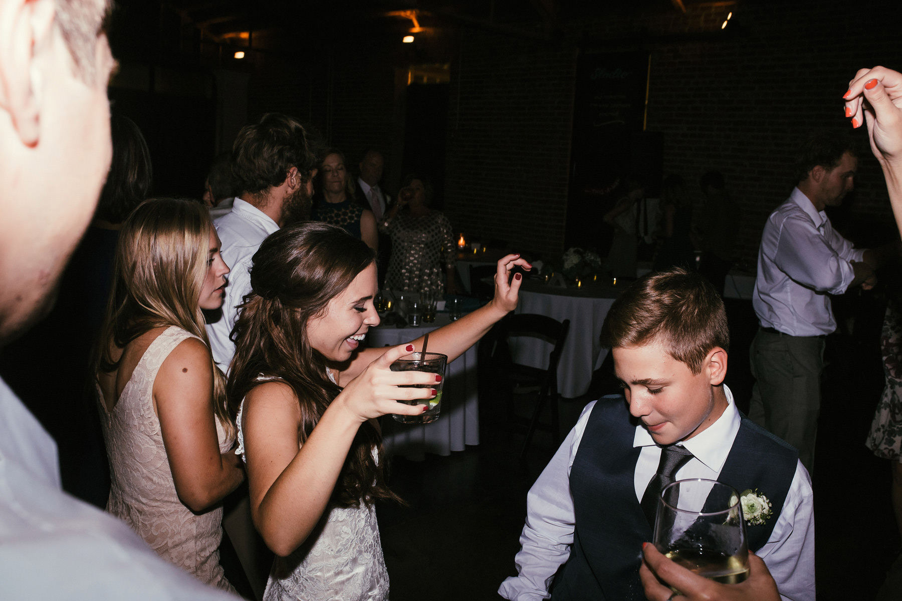 Kansas City Summer Wedding at the Guild_Kindling Wedding Photography Blog107.JPG