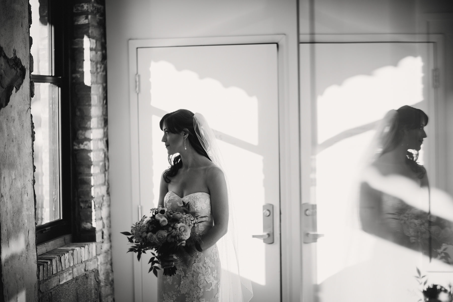 244_Cider Gallery Fall Wedding Lawrence, Kansas_Kindling Wedding Photography.JPG