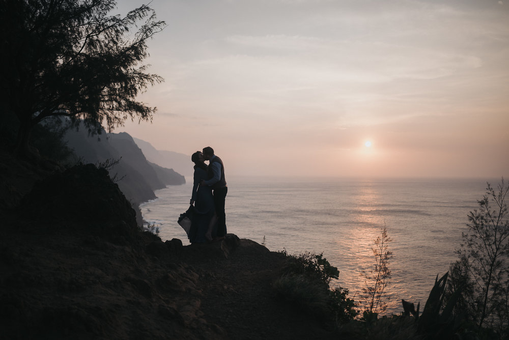 Want more tips on planning your perfect elopement? - Contact us!