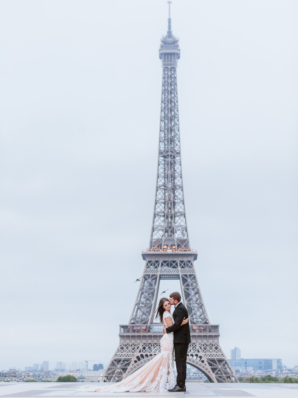 eiffel-tower-perfect-couple.jpg