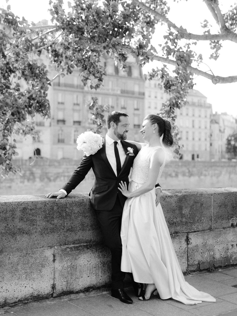 bride-groom-portrait-paris.jpg