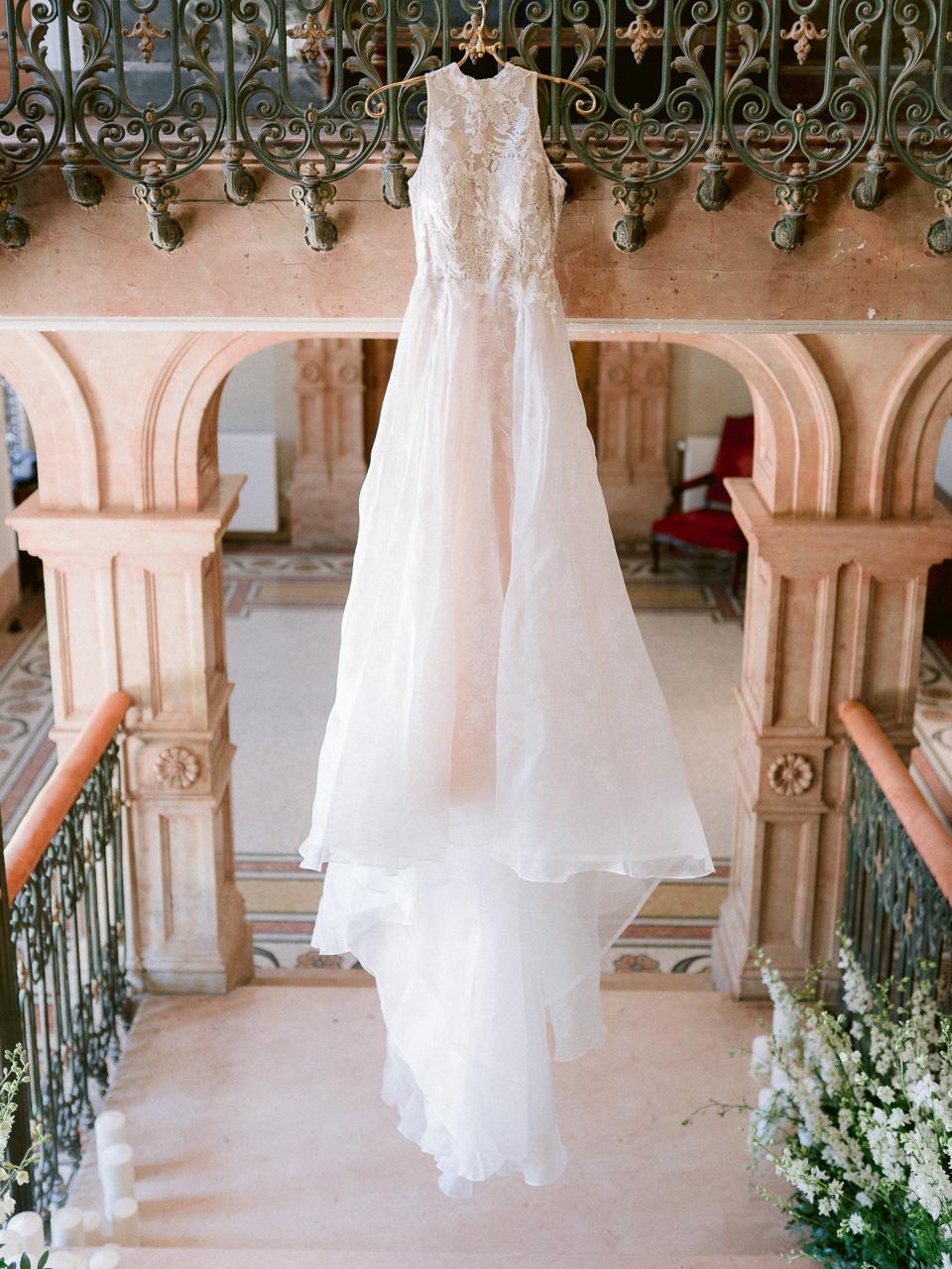 elizabeth-spencer-wedding-varennes0028.jpg