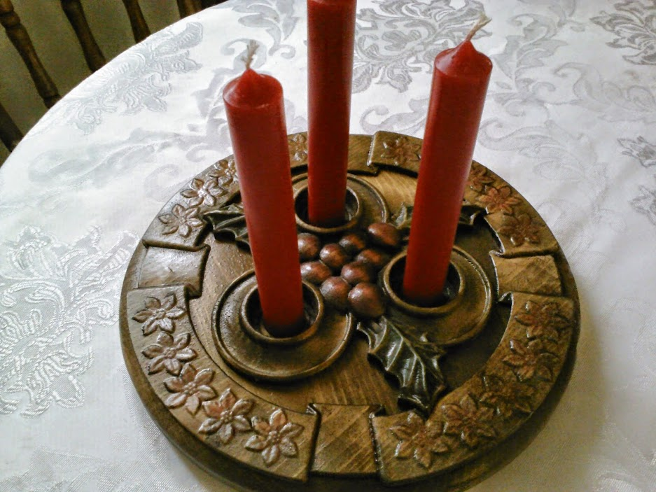 Candle holder centerpiece hack using the  Home for the Holidays No.2  project!