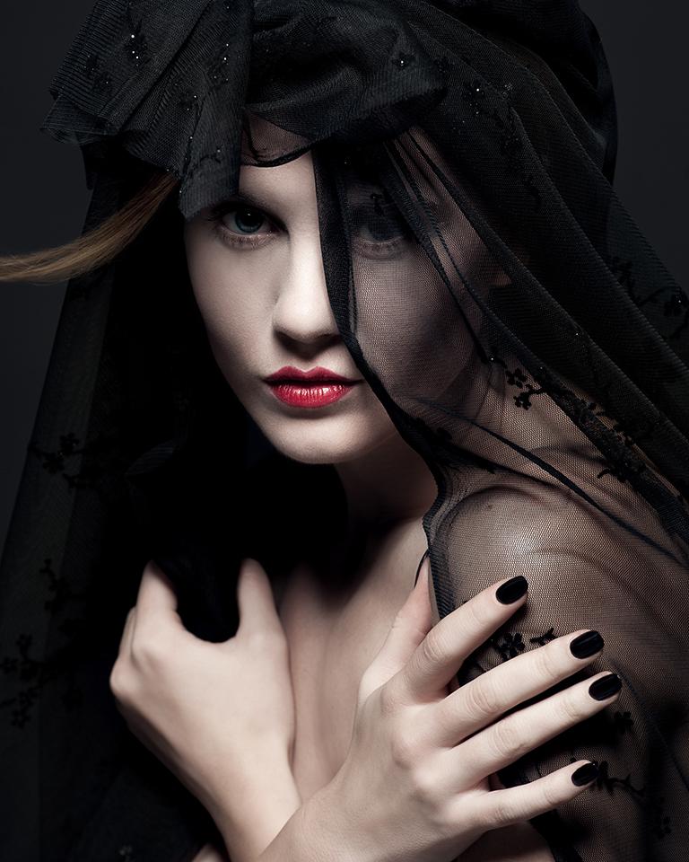 BlackishRegion_MGecaitė_Look2.jpg