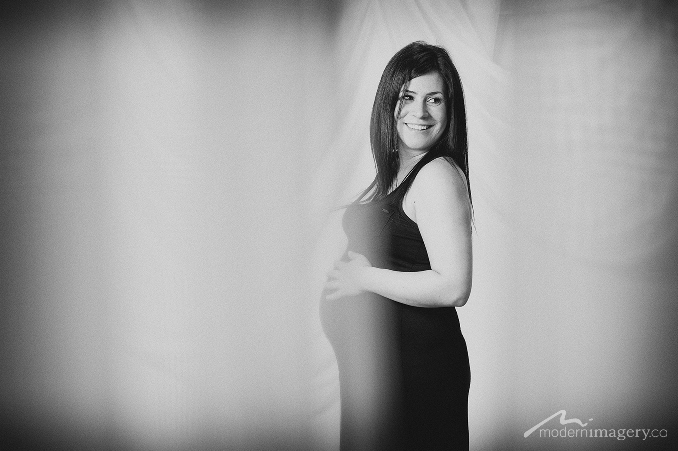 Christina&Rui_Maternity-17.jpg