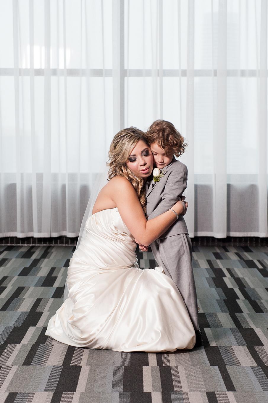 Amanda&James_FamilyPortraits-127.jpg