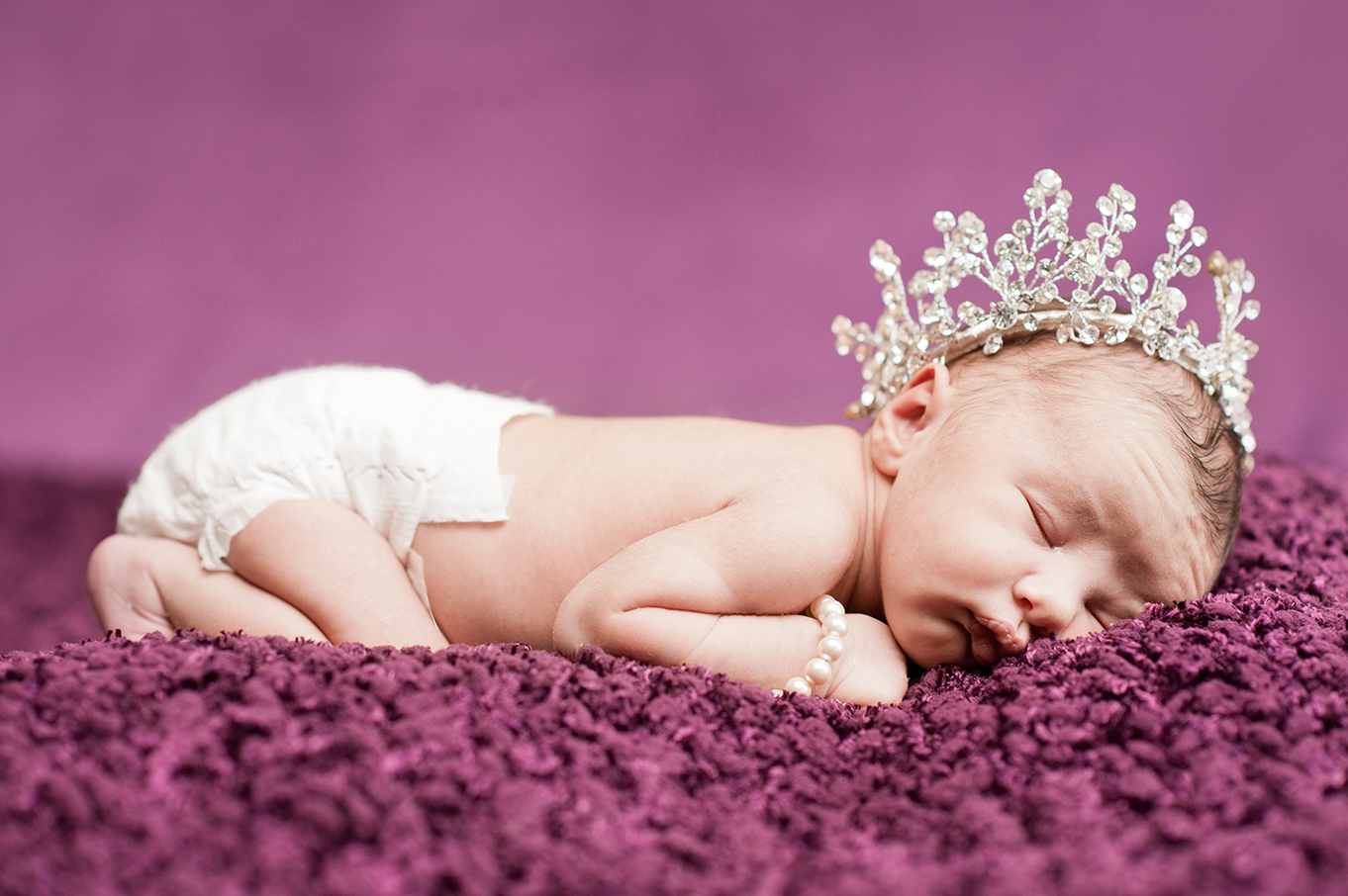 Aaliyah_NewbornSession-5.jpg