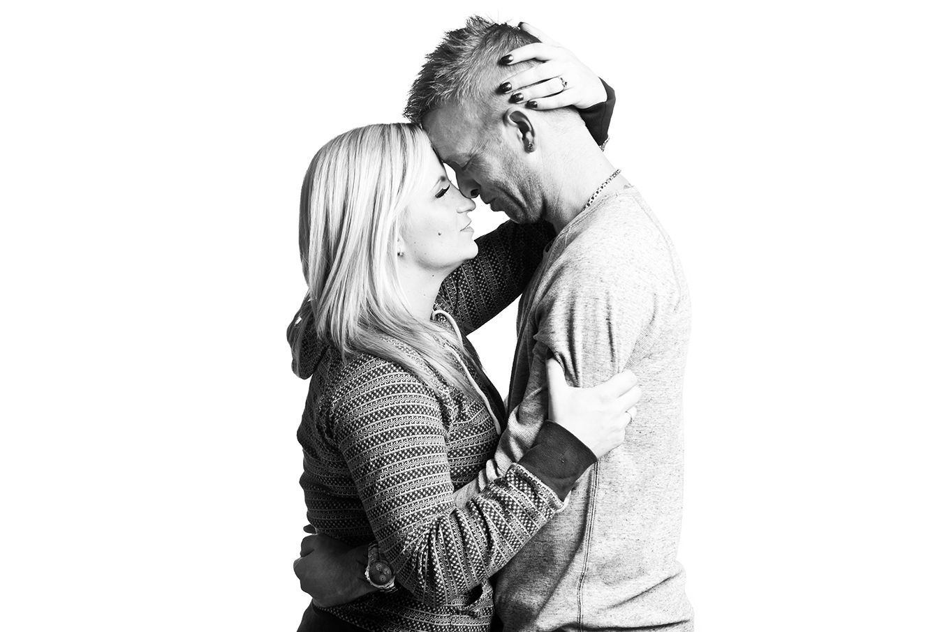 Carly&Kyle_B_W-7.jpg
