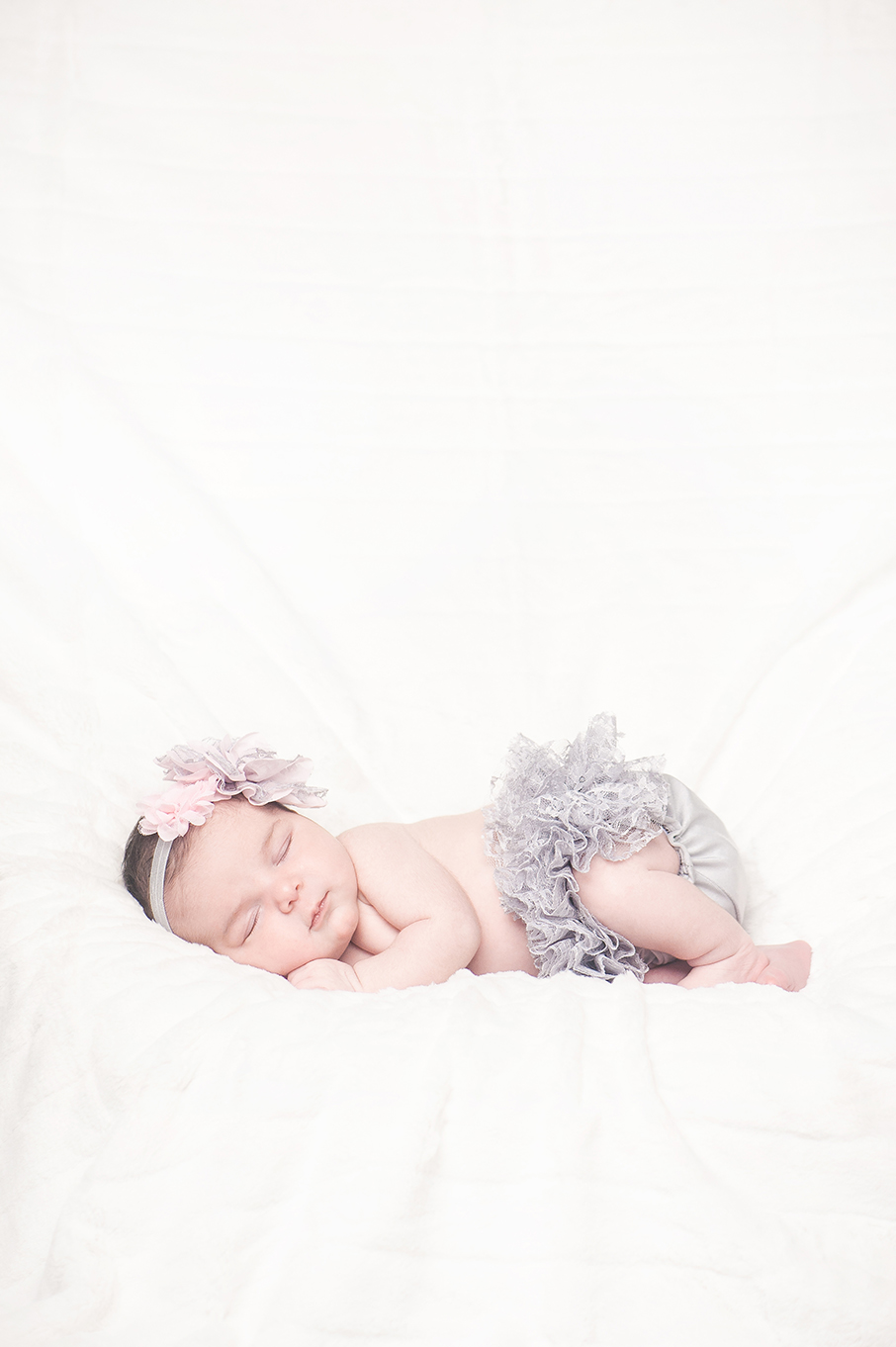 Sophia_NewbornSession-4.jpg