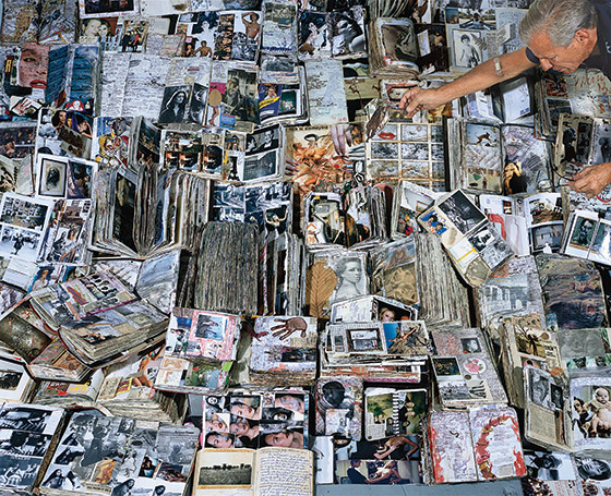 New York Mag article - Taming Peter Beard.  Photographers have the best diaries.