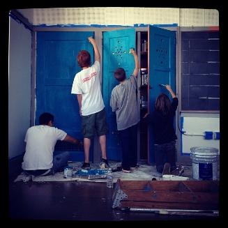 HYC+28+Students+painting+blue+door.jpg
