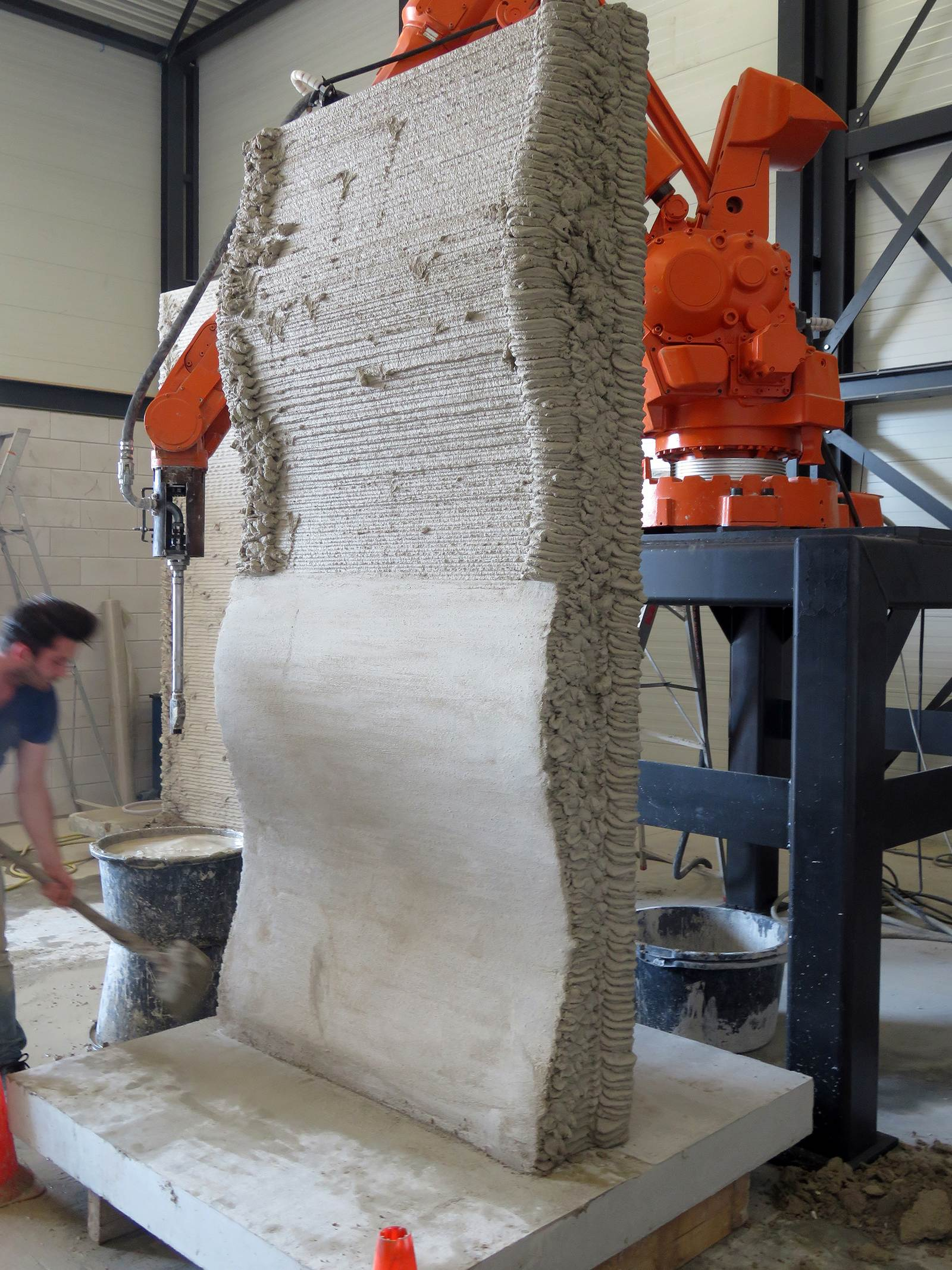 Another 3D printed concrete formwork by Heijmans; this one has the lower surface manually smoothed