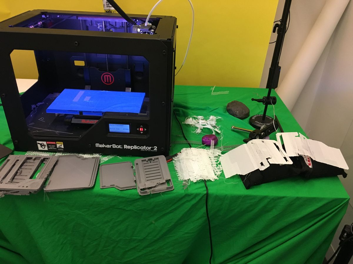 Challenging 3D printing on an older MakerBot Replicator