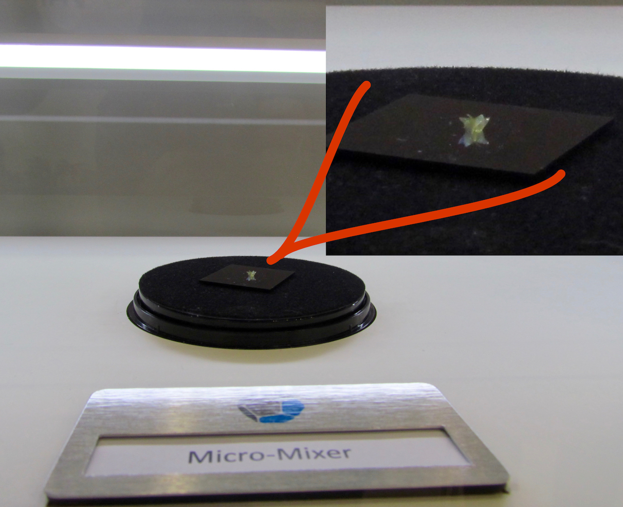 A sample microscopic 3D print from Nanoscribe, zoomed in for additional detail