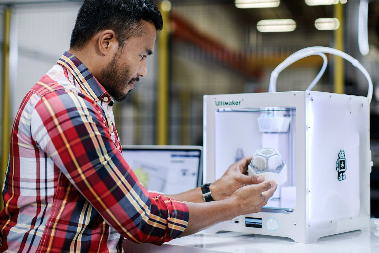 Does Ultimaker's first patent compromise their open source strategy?