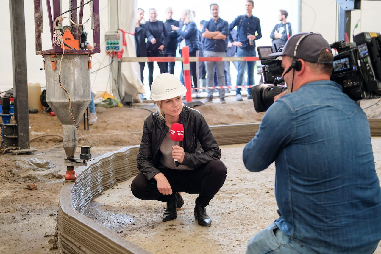 3D printing a building does attract media attention