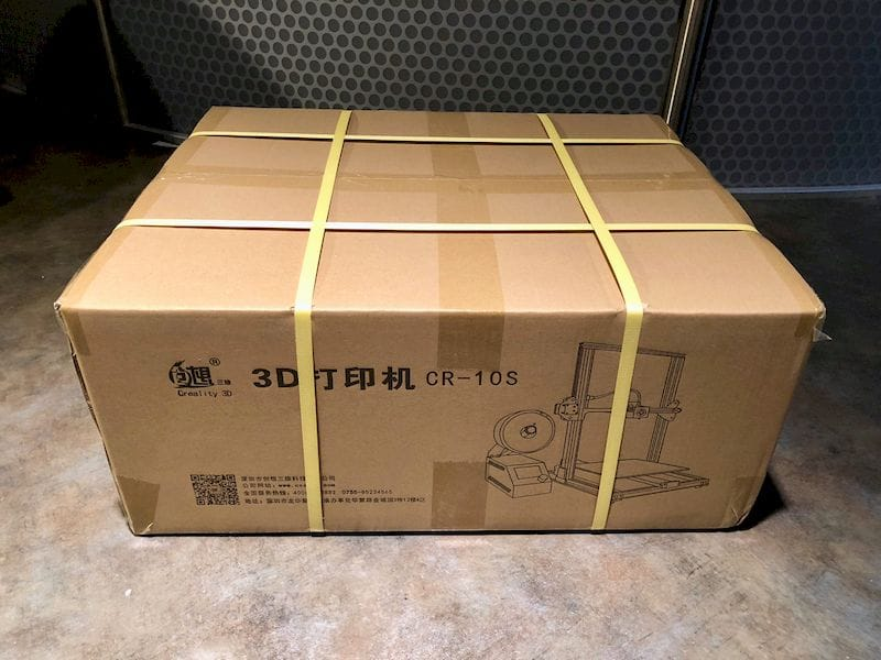 The relatively flat shipping box for the Creality CR-10S desktop 3D printer