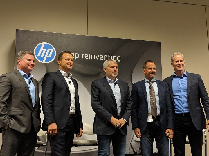 (L-R) Rob Hall, President, Parmatech; Dr. Martin Goede, Head of Technology Planning and Development, Volkswagen; Peter Oberparleiter, CEO, GKN Powder Metallurgy; Dr. Tim Weber, Global Head of 3D Metals, 3D Printing Business, HP Inc.; Stephen Nigro, President, 3D Printing Business, HP Inc.