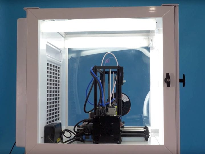 The 3DPrintClean system: should you increase your safety with this device? [Source: 3DPrintClean]