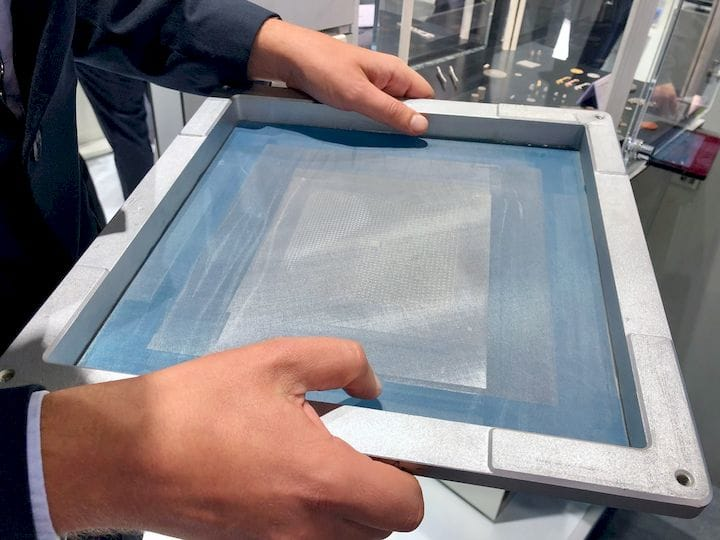 The fine screen used in the 3D screen printing process [Source: Fabbaloo]