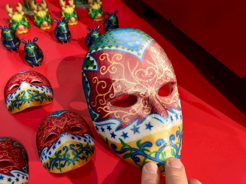 Full color mask 3D print by XYZprinting [Source: Fabbaloo]