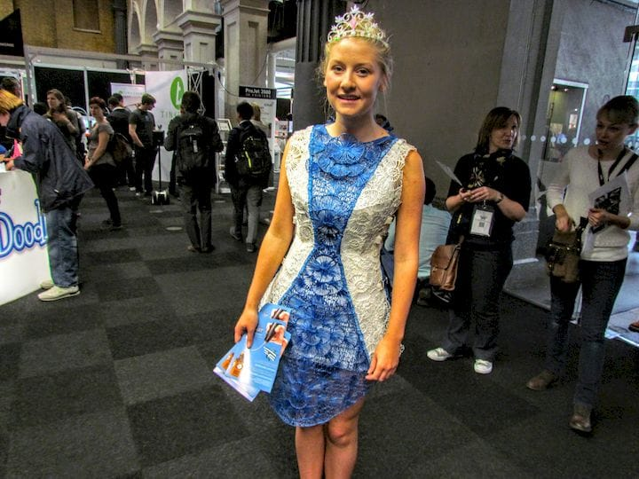 An entire, wearable dress made with a 3D pen [Source: Fabbaloo]