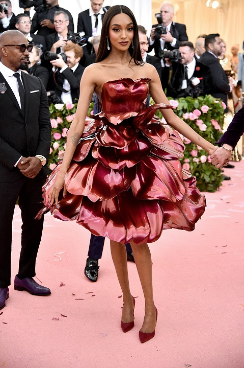 Jourdan Dunn in the elaborate and weighty rose gown [Image: Getty Images]