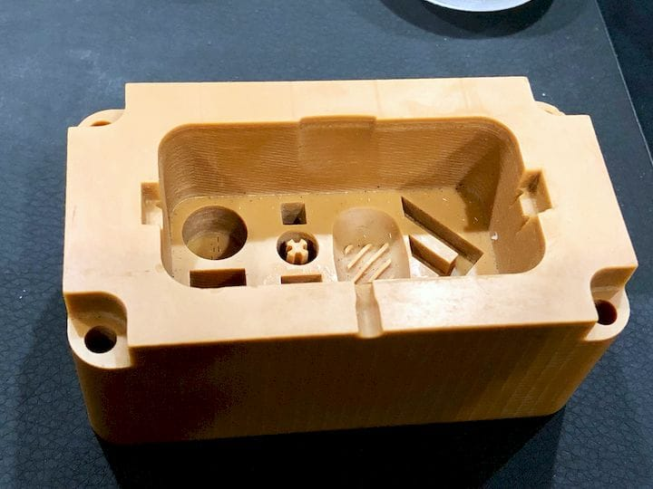 A reinforced injection mold 3D printed by Fortify [Source: Fabbaloo]