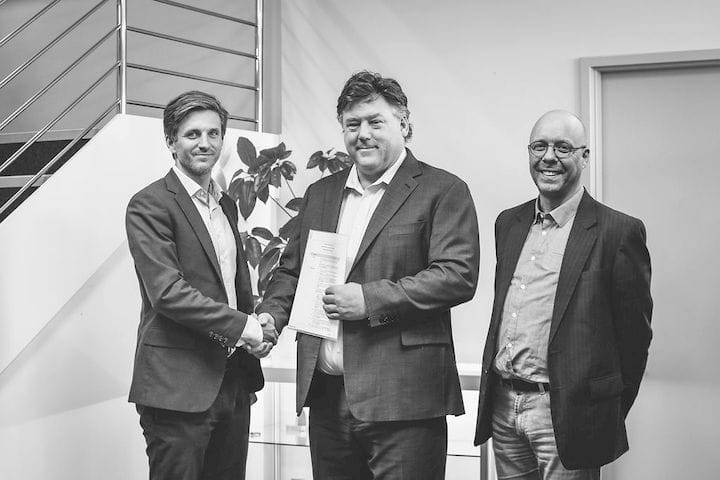 Aurora Labs Executes Memorandum of Understanding with Gränges AB. Left to right, Carl Rodling (Gränges AB), David Budge (Aurora Labs), Richard Westergård (Gränges AB) [Source: Aurora Labs / Taya Reid]