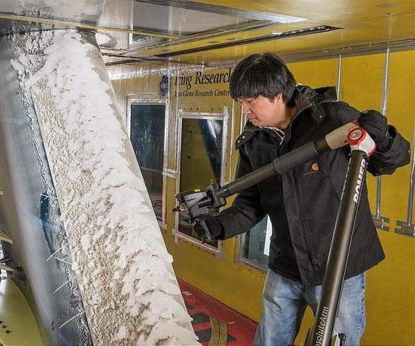 NASA contractor 3D scanning wing ice [Source: Space Daily]