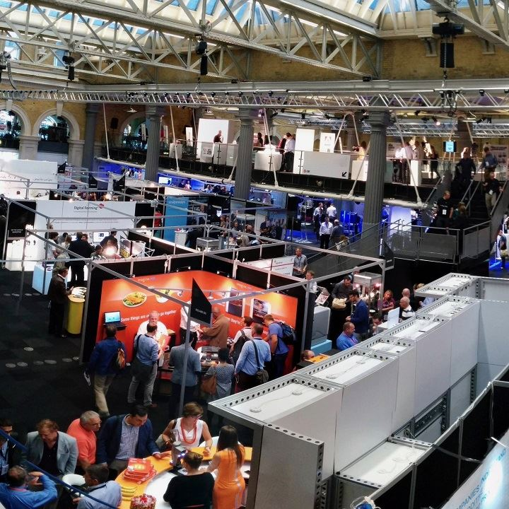 An overview of the industry — bird's eye view of a 3D printing event [Image: Julie Reece]
