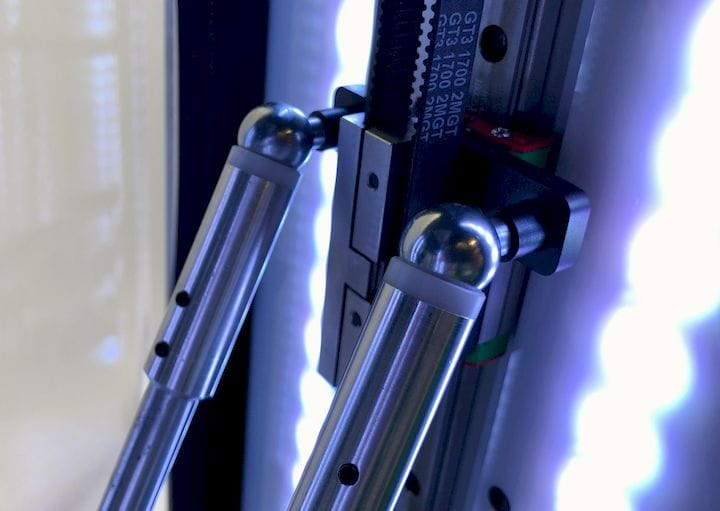 Magnetic links on the Innovatica 3D printers [Source: Fabbaloo]