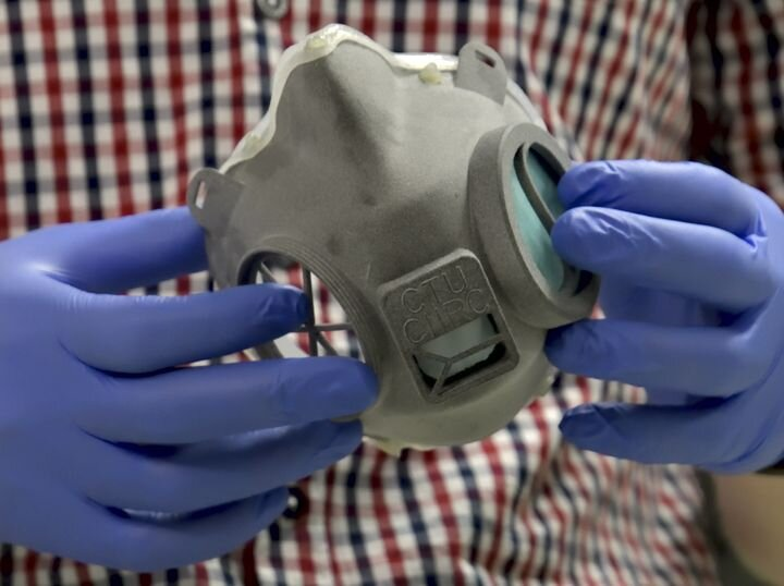 A 3D printed RP95-3D respirator [Source: CIIRC]